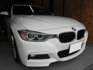 BMW3シリーズをデントリペア